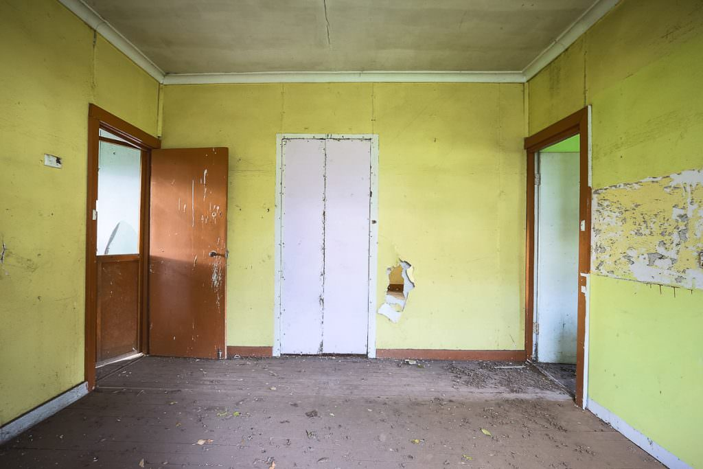 Photo of interior with yellow walls